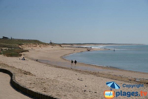 Extrémité de la plage du Marais de Girard en Vendée