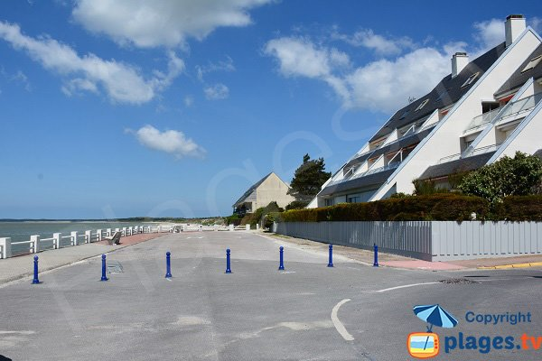 Access to the Marais beach in Le Crotoy