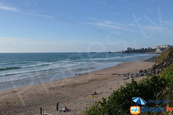 Vue sur Biarritz depuis la plage de Marbella
