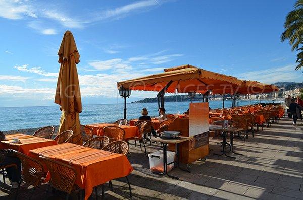 Restaurants above the Menton beaches
