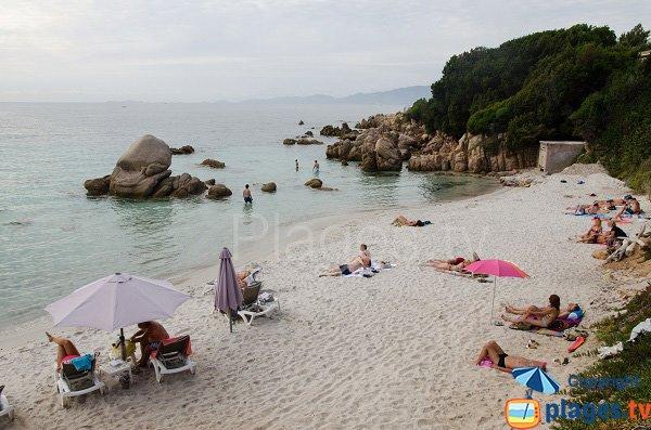 Rocks on the Mare e Sole beach - Corsica