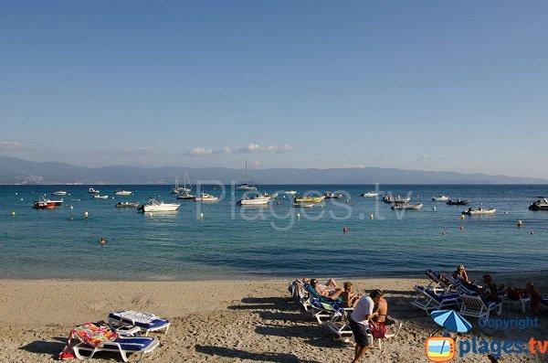 Spiaggia di Marinella vista sul Pietrosella