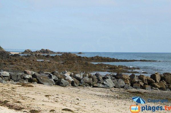 Rochers dans la crique de Martin-Plage - Plérin sur Mer