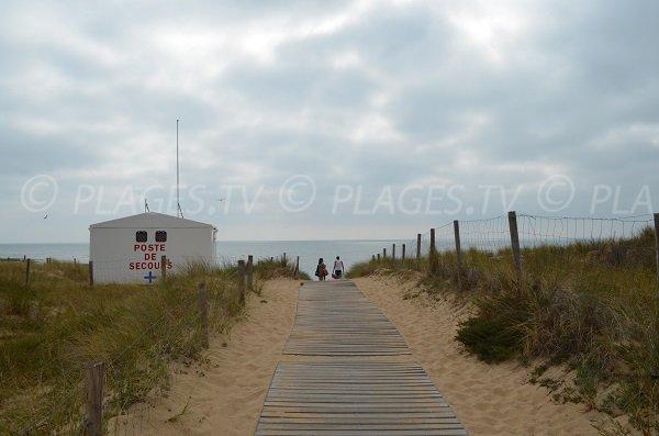 Poste de secours de la plage Matha