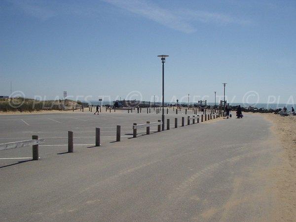 Parking de la plage de Maupas à La Tranche