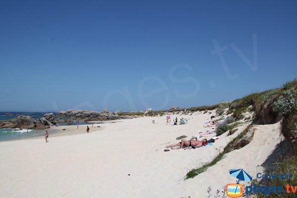 Photo de la plage du C'hi Du à Kerlouan