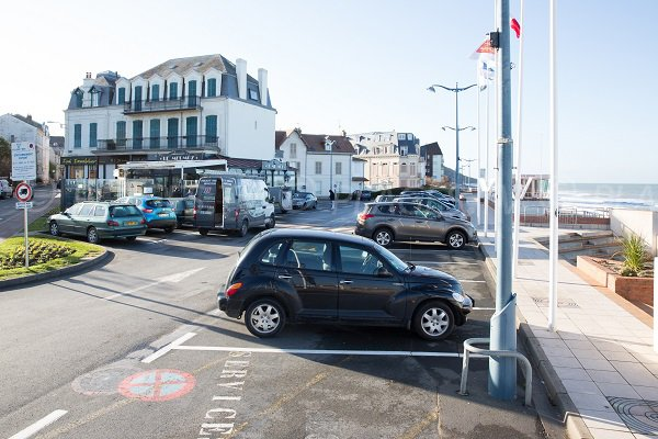 Parking of Mermoz beach - Villers sur Mer