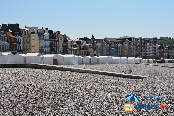 Huts in Mers les Bains