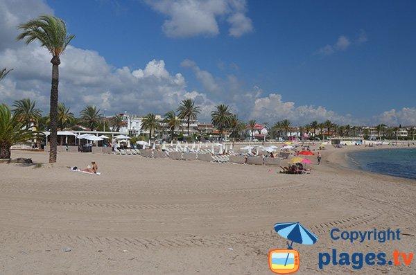 Nouvelle plage privée à Golfe Juan - Plage du Midi