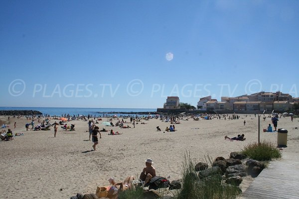 spiaggia del Môle del Cap d'Agde in Francia