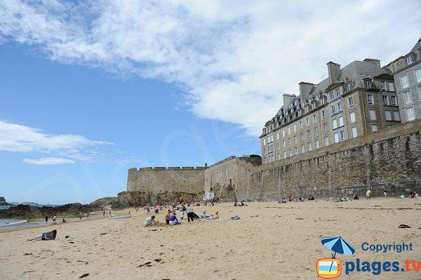 Photo of the Mole beach in Saint Malo - Brittany