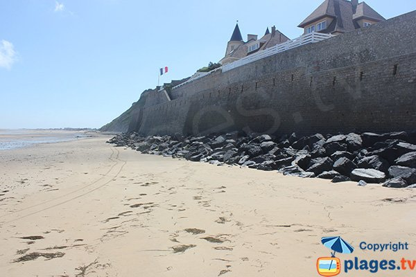 Photo of Montgomery beach in Arromanches