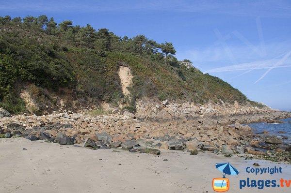 Plage de Vilin Izela côté de la pointe de Beg-an-Fry - Guimaec