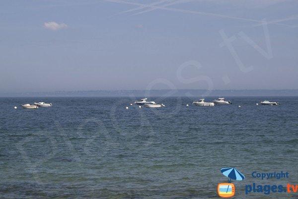 Vue depuis la plage de Guimaec vers Locquémeau et Beg-Léguer