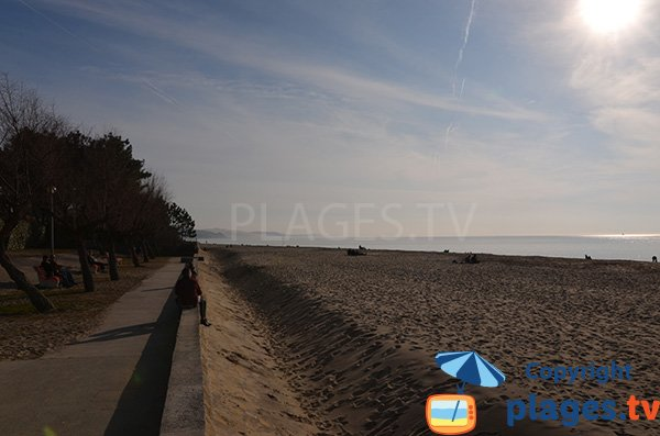 Dune of Pyla from Moulleau beach in Arcachon