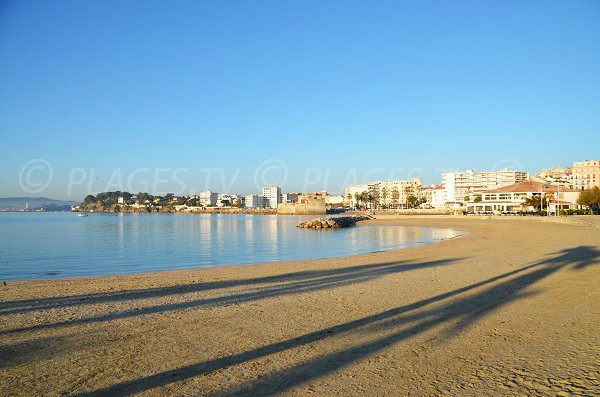 Photo of Mourillon beach in Toulon and view on Fort Louis