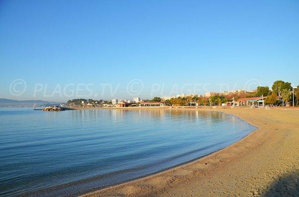 Anse de la Source à Toulon sur les plages du Mourillon