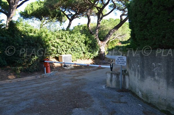 Access to the Moutte beach in Saint-Tropez
