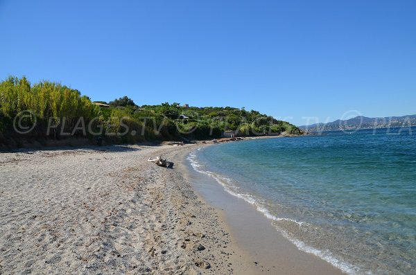 Moutte beach in Saint-Tropez with view on Sainte Maxime