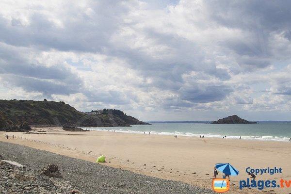 Plage naturiste à proximité d'Erquy - Bretagne