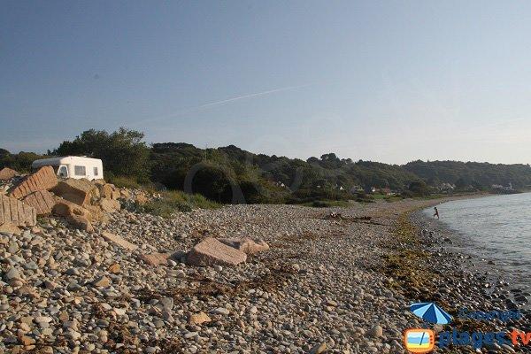 Parking pour la plage de Nantouar à Louannec