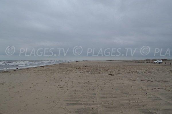 Port St Louis et sa plage de sable de 10 km de long