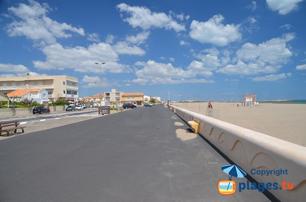 Beach in Narbonne-Plage - Karantes area