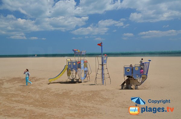 Play area for children on the Narbonne beach - France