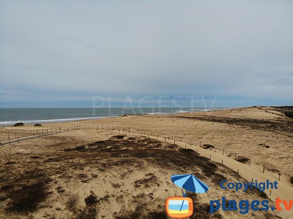 Accès à la plage naturiste d'Hossegor par la dune