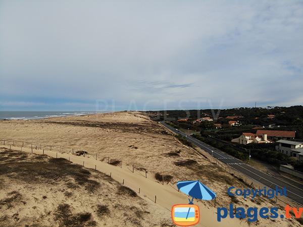 Route à la sortie d'Hossegor au niveau de la plage naturiste