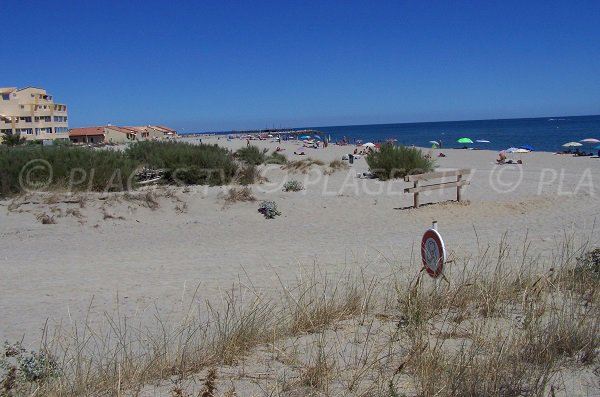 Nudist beach in Port-Leucate - France