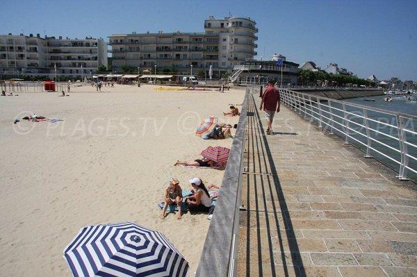 spiaggia Pouliguen accanto a La Baule