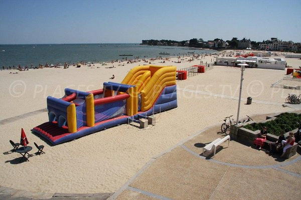 Children play area in the Pouliguen beach