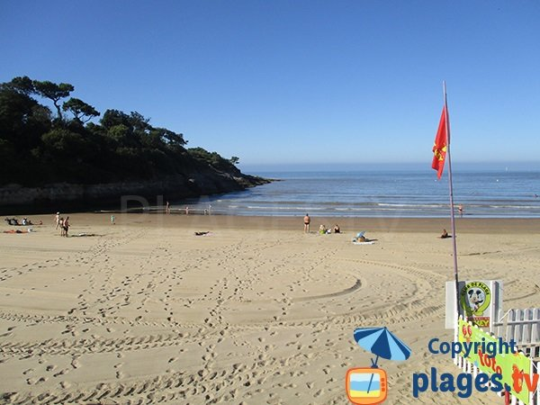 End of Nauzan beach in Vaux sur Mer - France