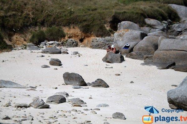 Crique bien abritée sur la presqu'île de Neiz Vran  - Kerlouan
