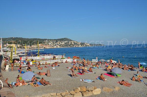 Parachute ascensionnel sur la plage de Nice