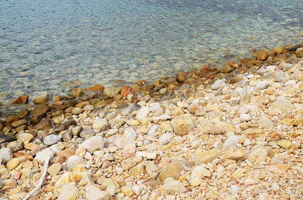 Galets de la plage de Nichiareto en Corse