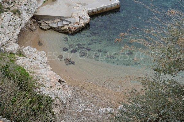 Sand beach of Niolon in Le Rove