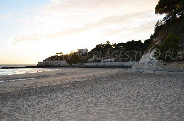 Coucher de soleil sur la plage des Nonnes