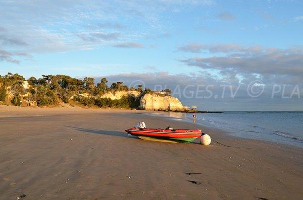 Photo de la plage des Nonnes à Meschers sur Gironde