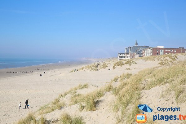 Berck beach and view on the Calot Hospital