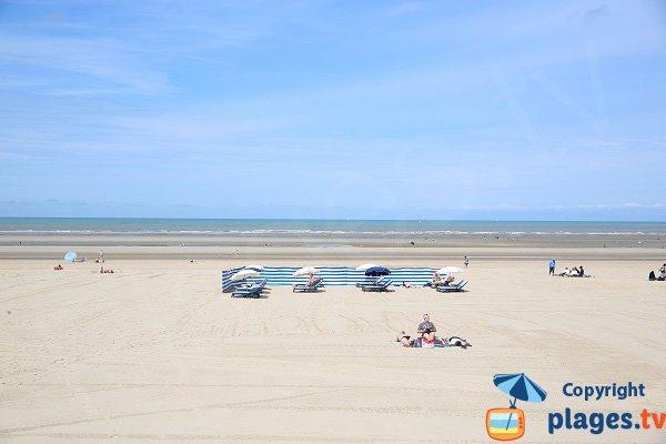 Location de matelas sur la plage du Touquet - zone nord