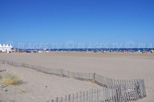 Plage privée sur la plage de St Pierre la Mer - Aude