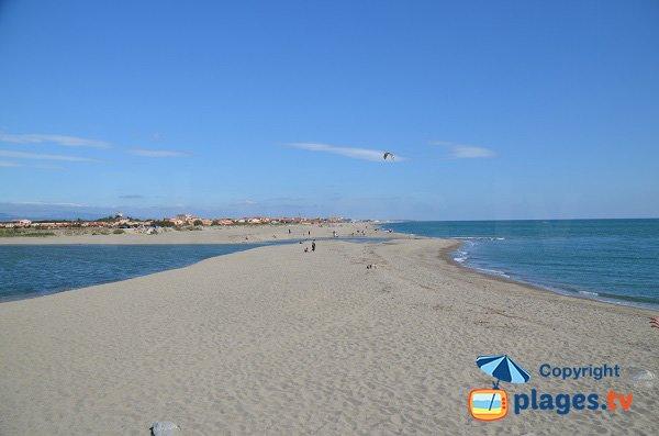 Photo de la plage nord de Torreilles avec vue sur Barcarès