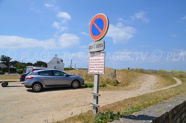 Parking of Toul Bragne beach in St Pierre d'Oléron