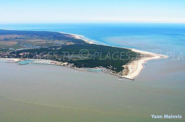 Photo aérienne des plages océanes du Verdon sur Mer