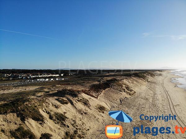 Dunes et aire de camping car sur la plage des Oceanides - Capbreton