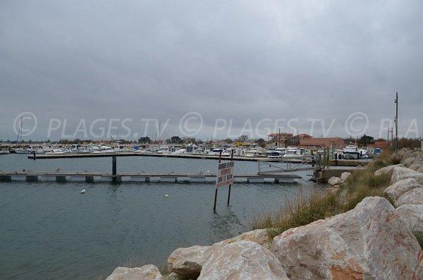 Porto di Olga a Port St Louis - Francia