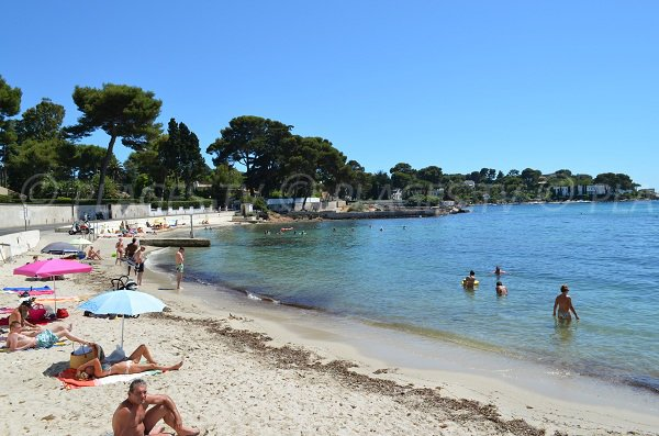 Ondes beach in Cap d'Antibes in France