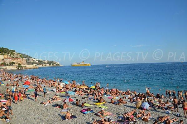 Photo de la plage de l'Opéra en été à Nice
